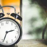 czas pracy oraz nadgodziny w 2020