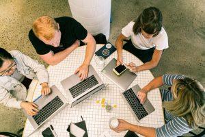 jak wypromować startup